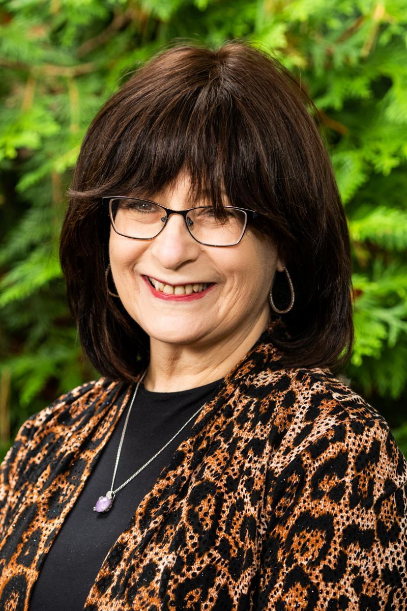 Mrs. Miriam Kamenetsky